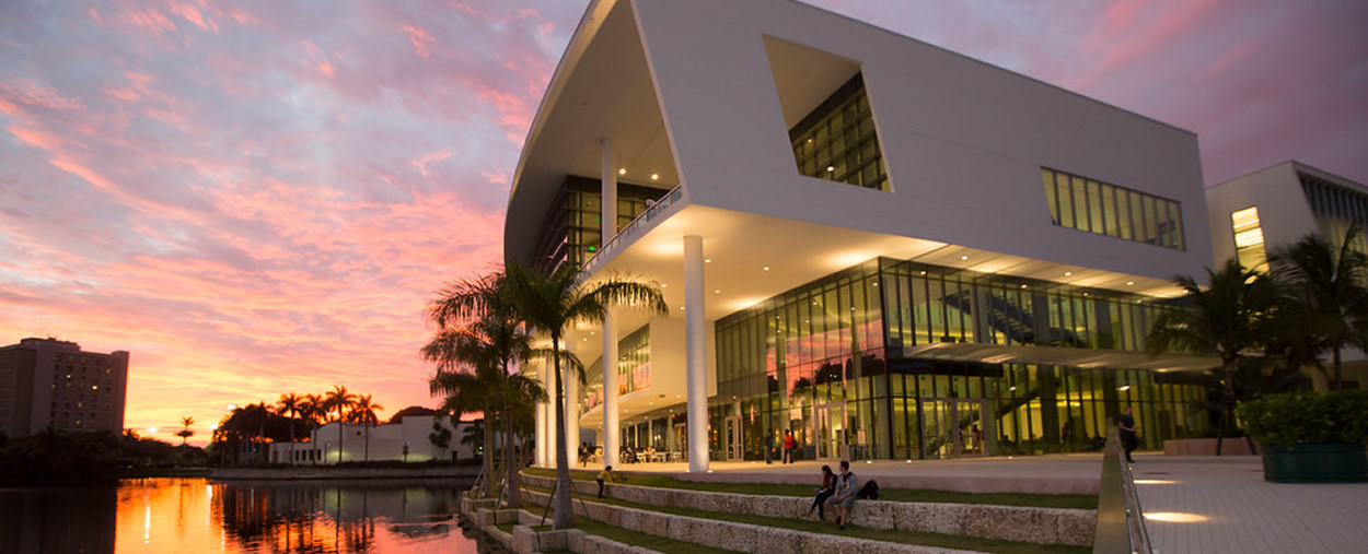 university of miami essay Find out admissions requirements for university of miami, including gpa requirements and sat, act, and application requirements.